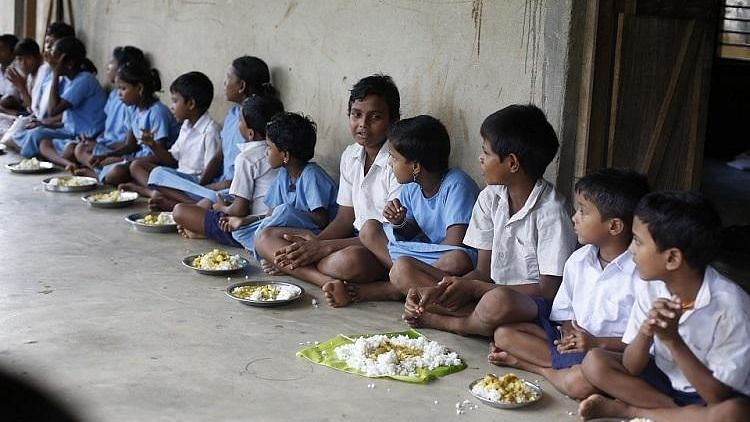 Opposition parties in Tamil Nadu have condemned the state government's decision to allow the Akshaya Patra Foundation to serve breakfast in Chennai Corporation's schools in the city. Image used for representative purposes only.