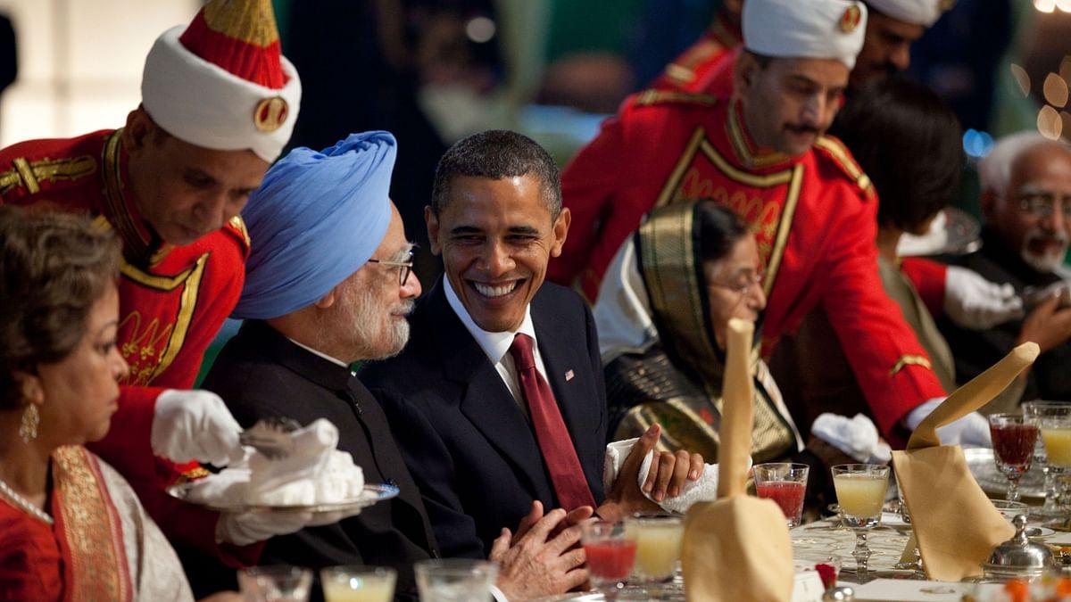 Former US President Barack Obama with former Prime Minister Manmohan Singh during State Dinner at Rashtrapati Bhavan in 2010