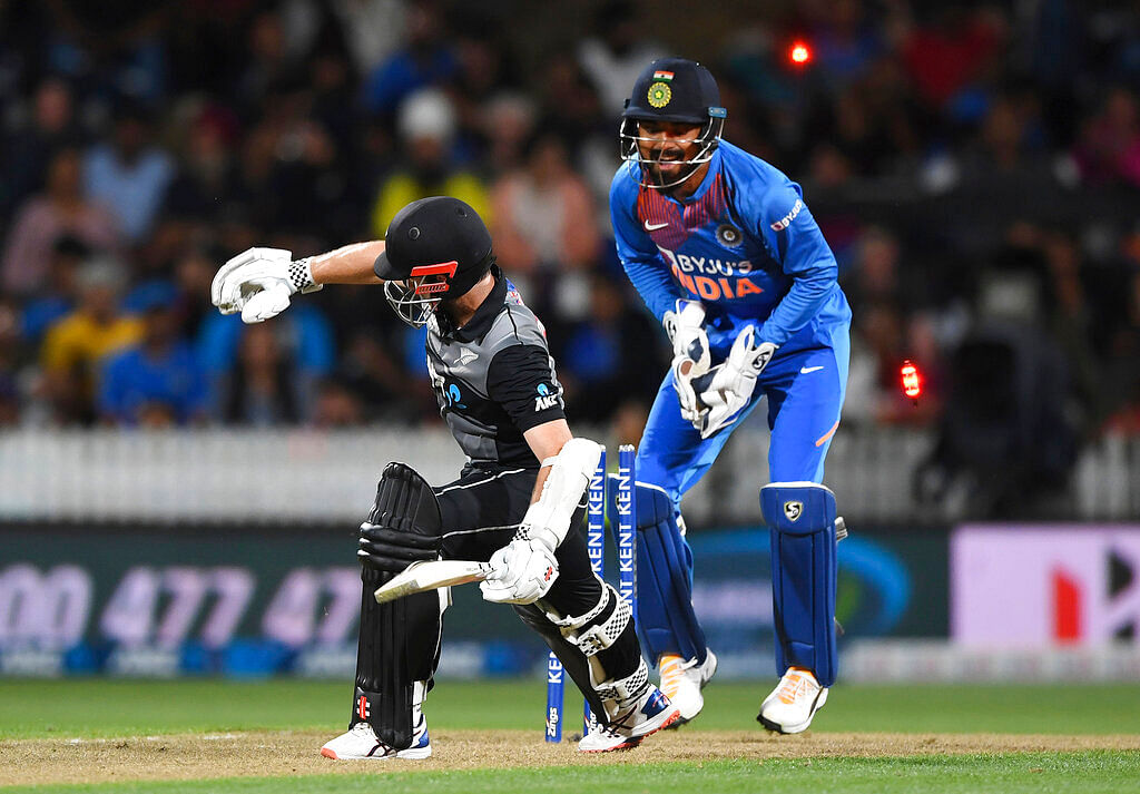 KL Rahul Describes the Pressure of Replacing MS Dhoni as Keeper