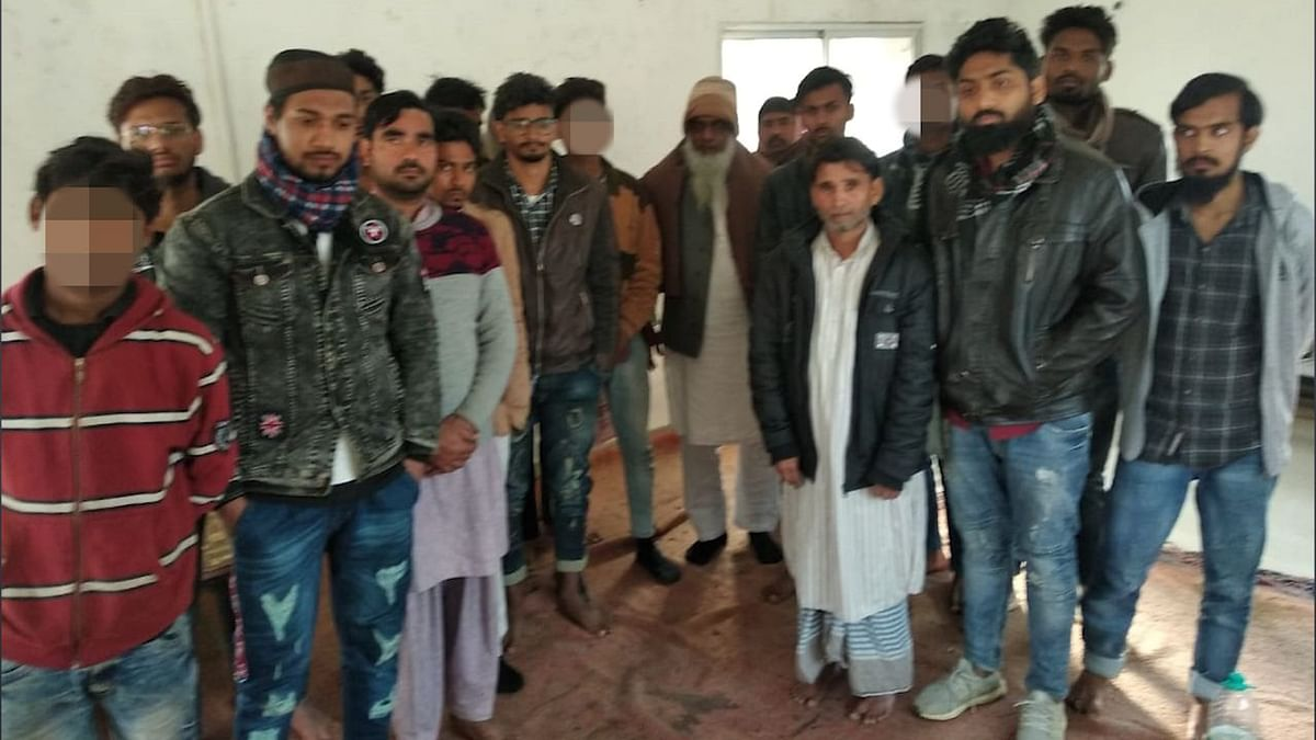 Police Arrests 20, Charges 135 With Rioting, Sedition in Azamgarh