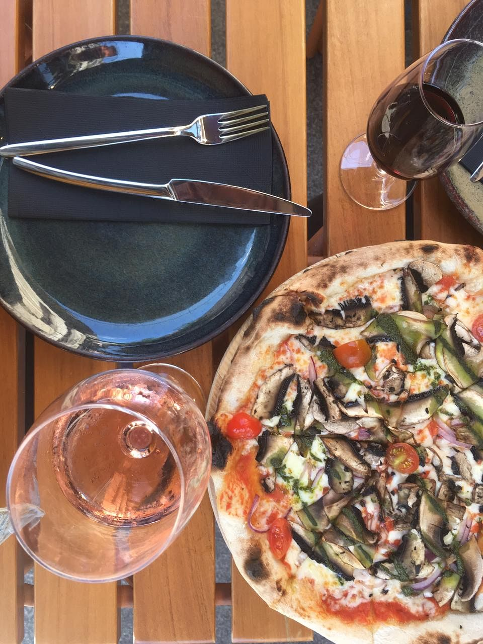 Pizza and port wine.