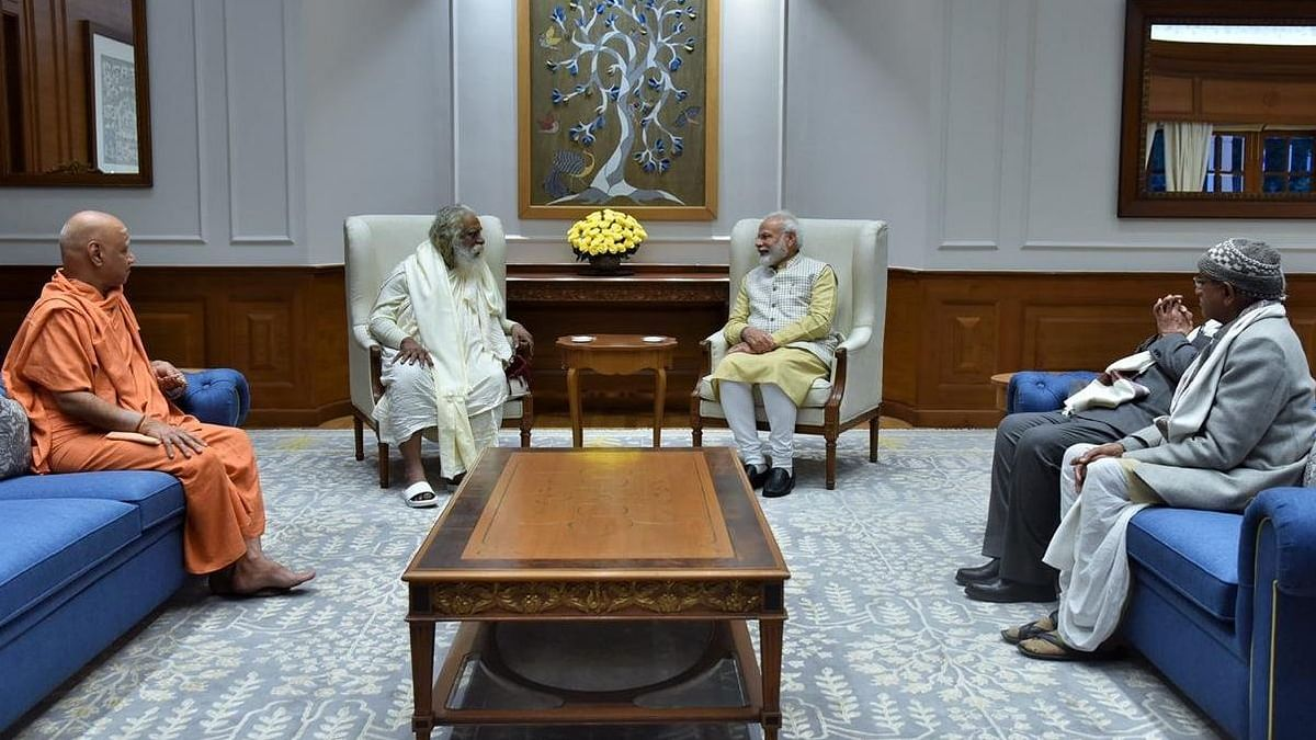 Ram Mandir Trust Members Meet PM Modi, Invite Him to Visit Ayodhya