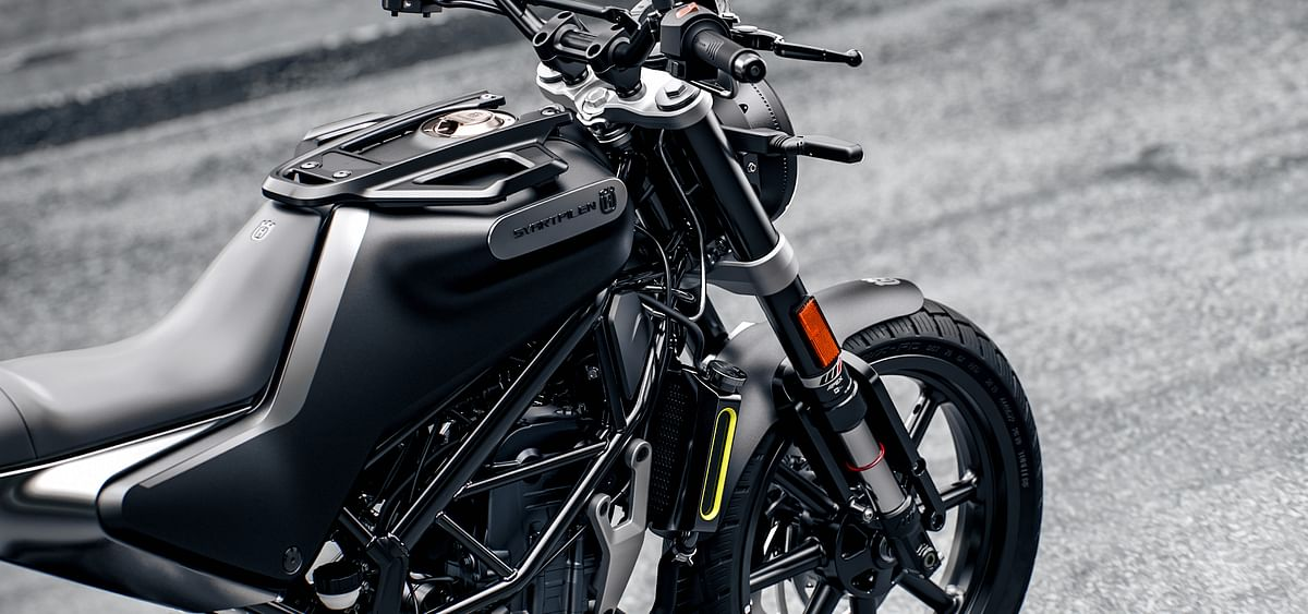 The bike sports a chassis similar to the KTM Duke 250.