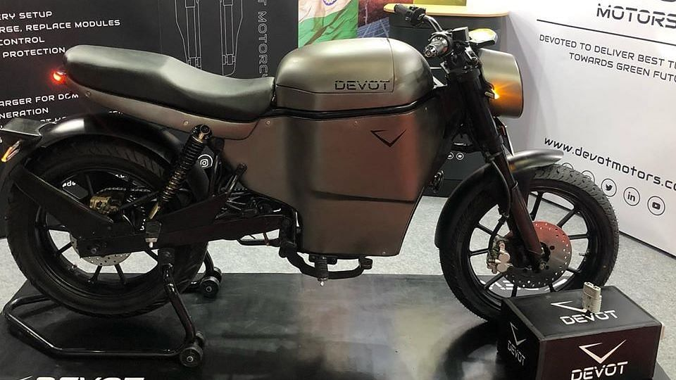 Many India-based startups are looking to enter the electric two-wheeler market.