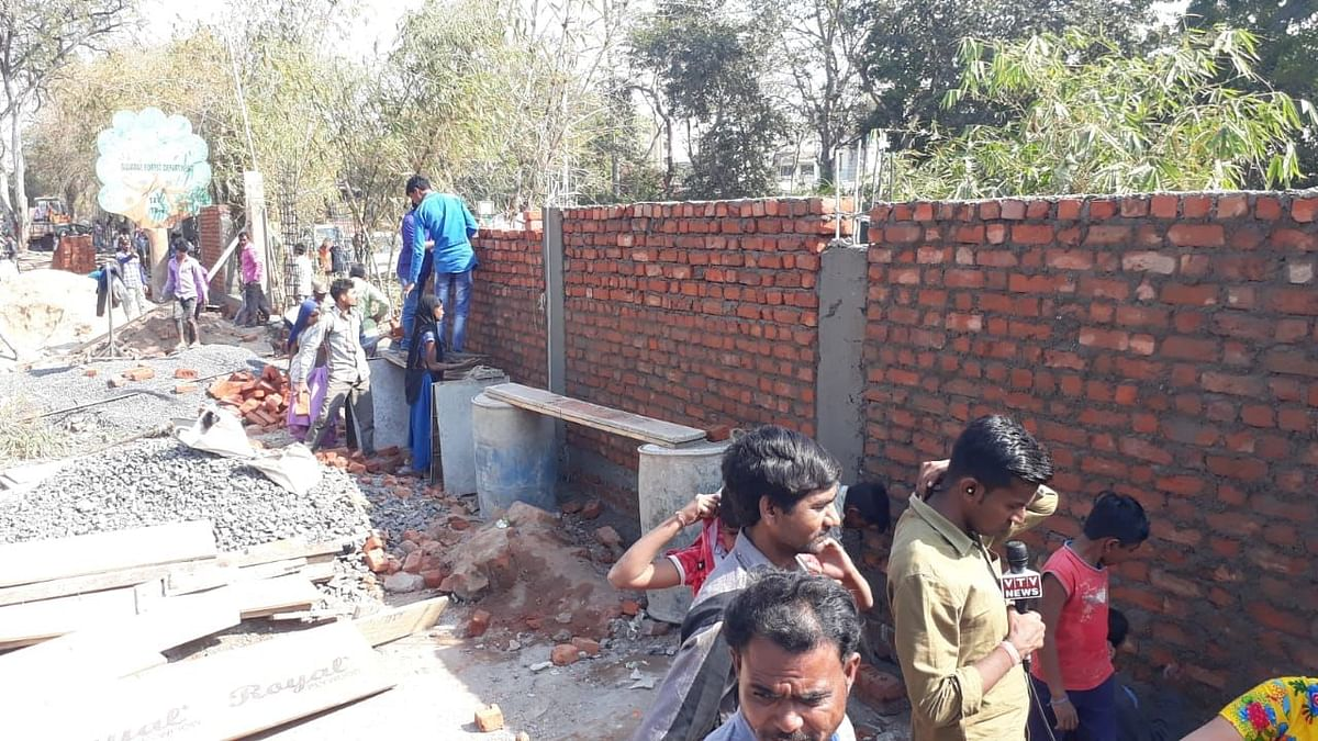 Another 'Trump Wall' Goes Up, To Hide Slums During His India Visit