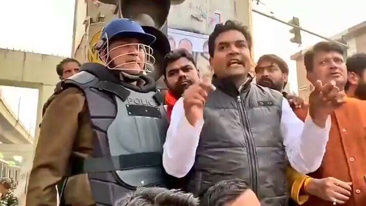 BJP leader Kapil Mishra addressing a crowd at Majpur Chowk, New Delhi.