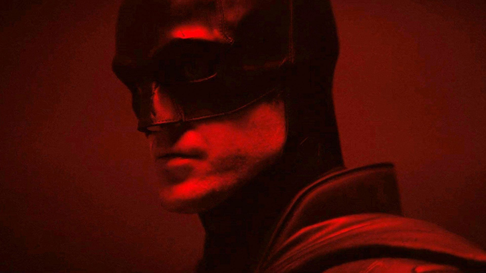 The Batman First Look: Twitter Gives a Thumbs Up to Robert Pattinson's  First Look as 'The Batman'