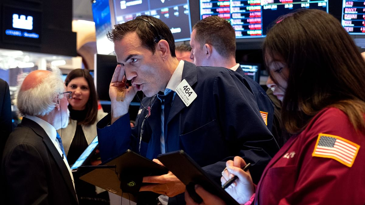 COVID-19: US Stocks Plunge as Wall Street Senses Recession Risk
