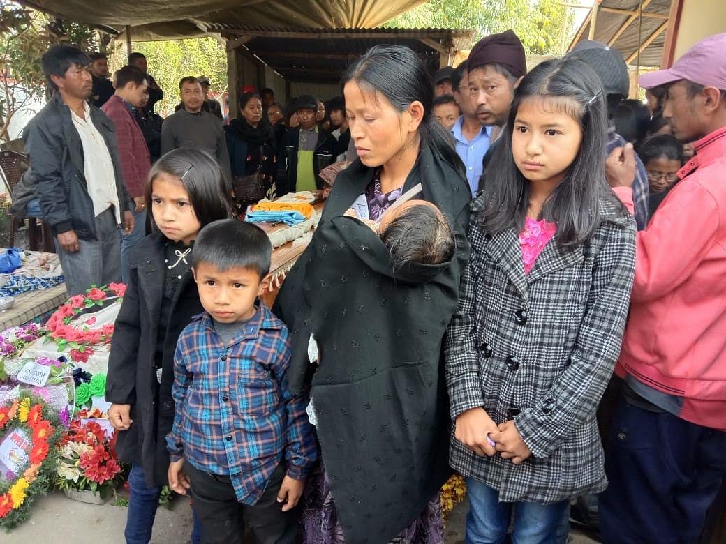 Wife and children of late Lurshai Hynñiewtamm.