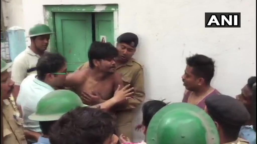 Inmates and Officials Clash in Kolkata's Dum Dum Jail