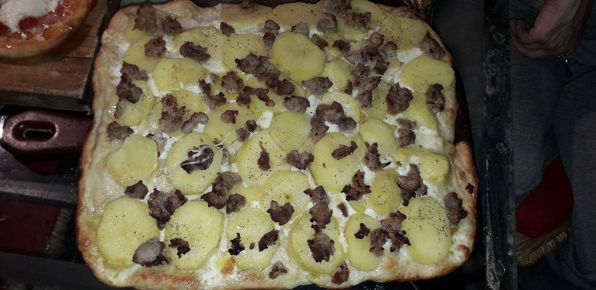When in lockdown, bake a pizza!