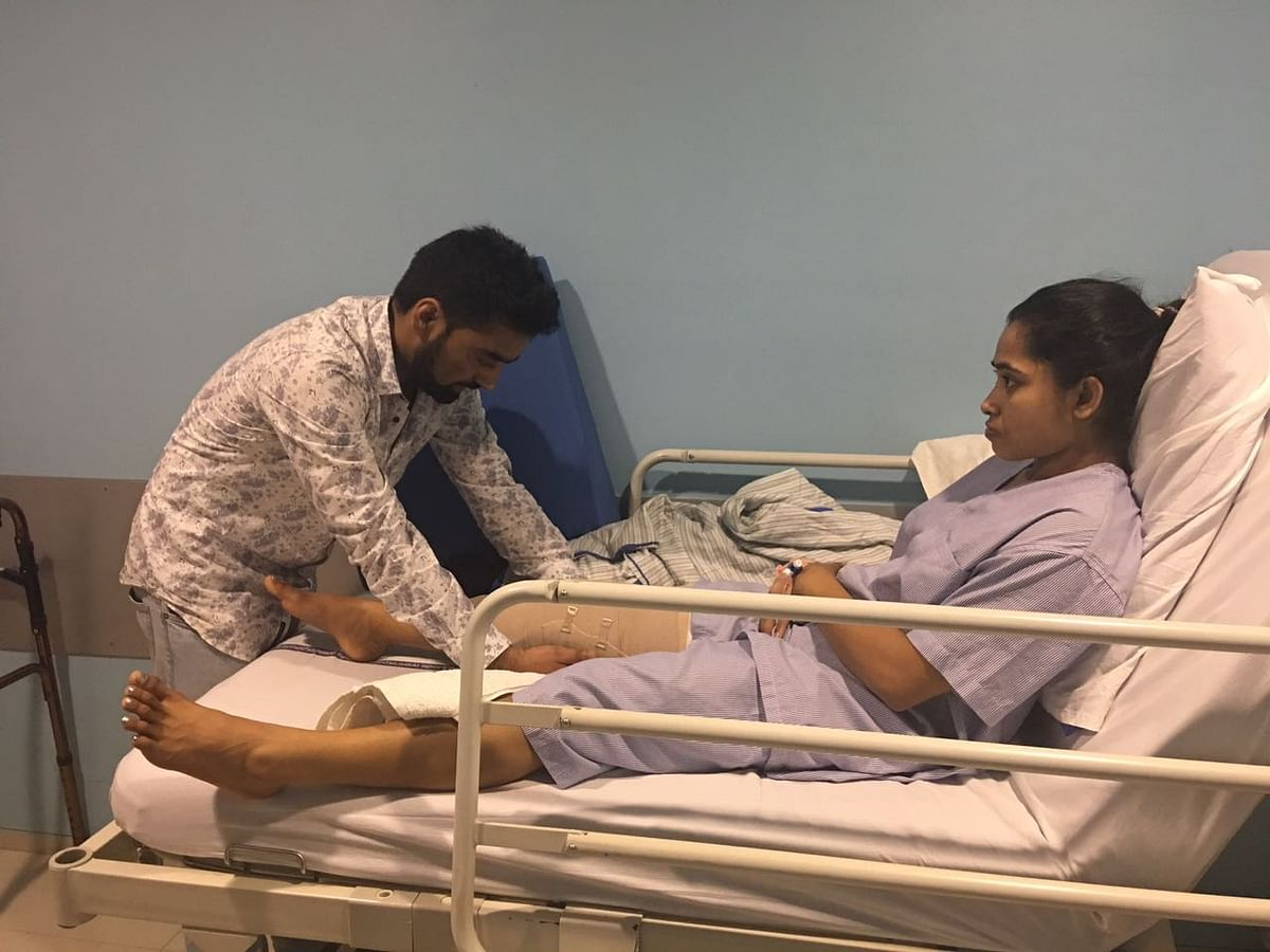 Dipa Karmakar posted this picture on Twitter in April 2017 after she underwent a surgery for her injured ACL.