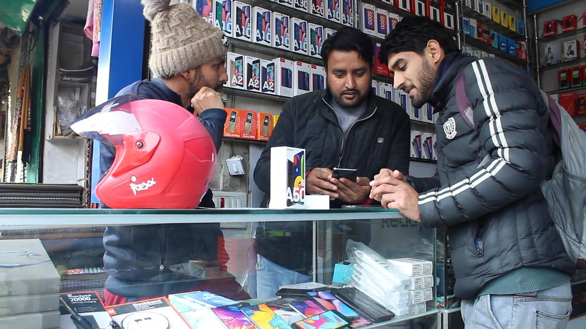 QBiz: Recharge Shops Allowed to Open; Fiscal Package 2.0 Expected