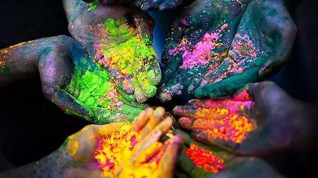 'I am a Muslim and I Play Holi Too. Festivals Are Beyond Religion'