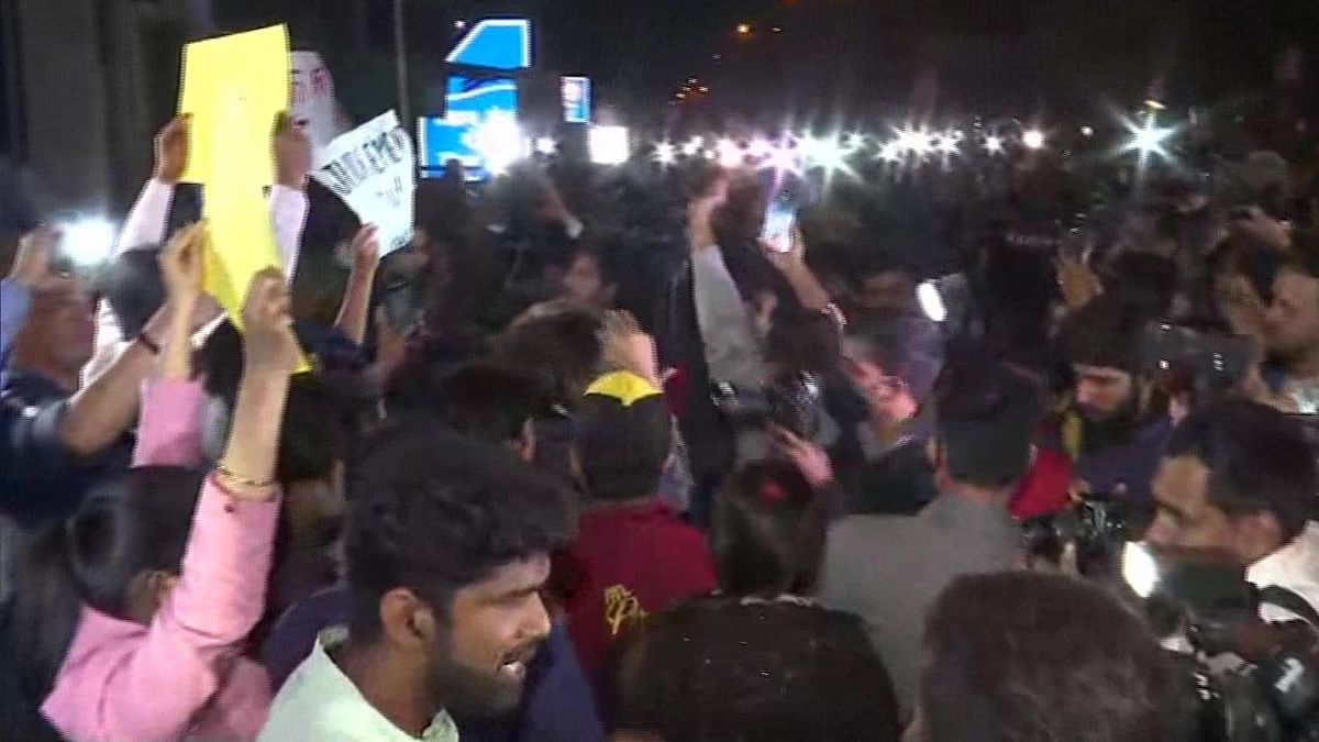 'Long Live Nirbhaya' Slogans Outside Tihar After Convicts Hanged