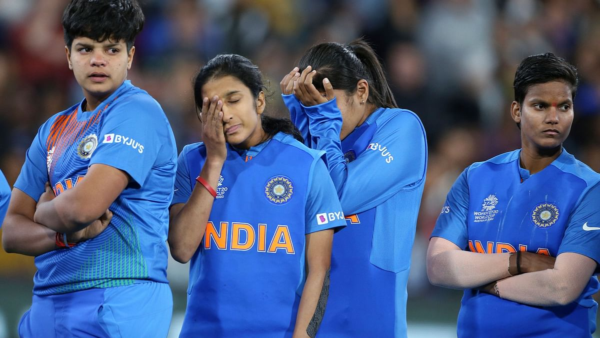 Chasing 185 for their maiden T20 World Cup win, India were all out for 99 in 19.1 overs against Australia.