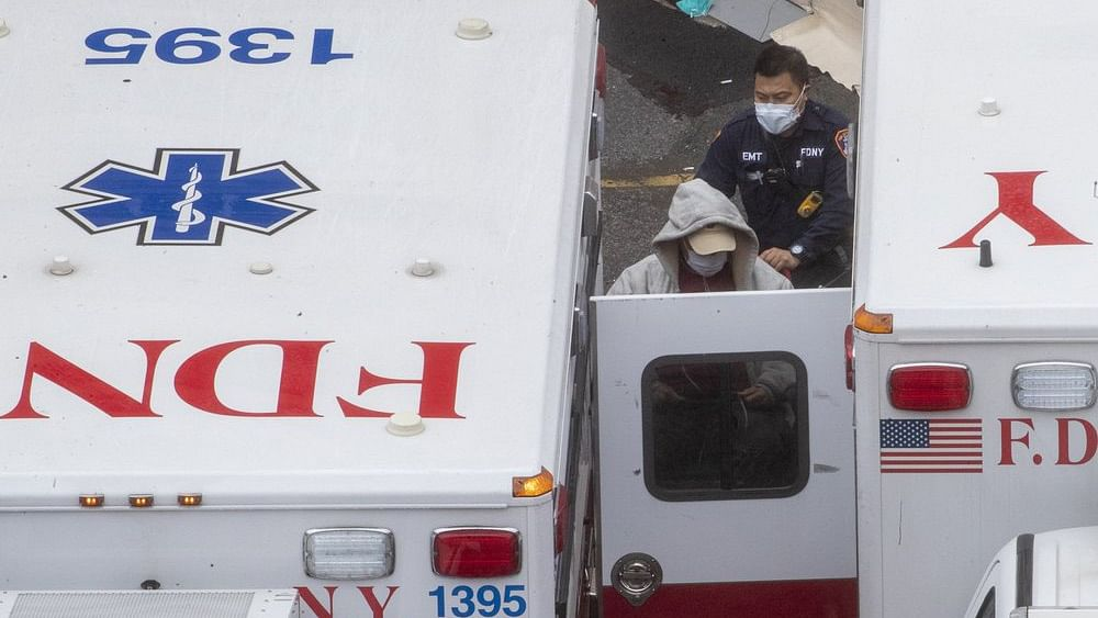 COVID-19: New York State Records More Than 1,000 Deaths
