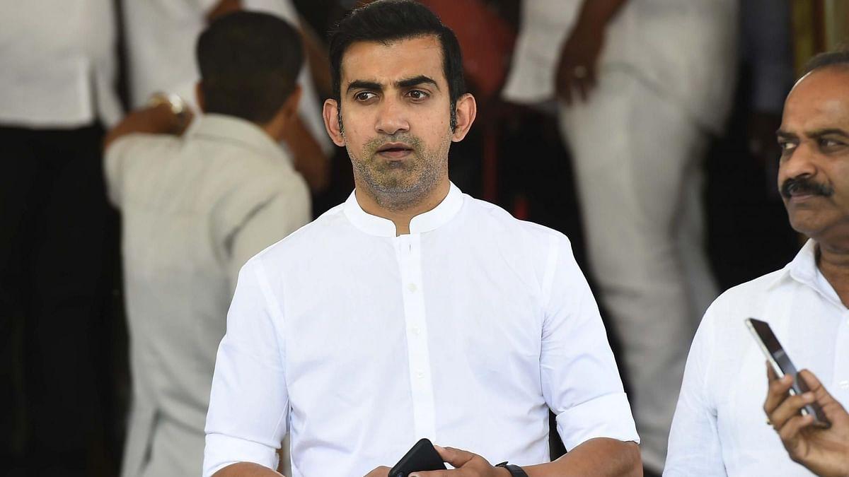 Gautam Gambhir Performs Last Rites of Domestic Help