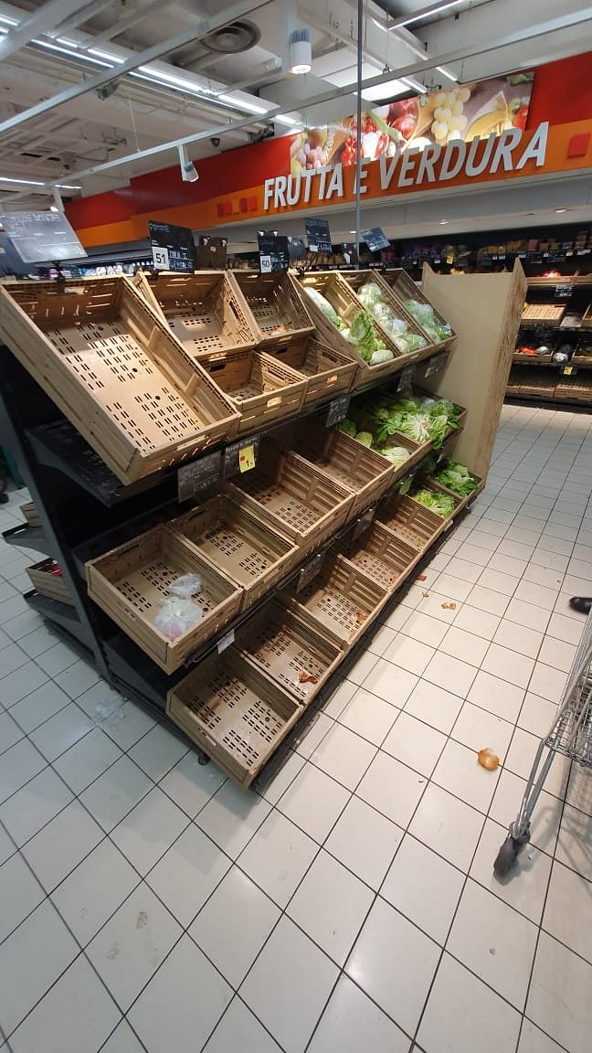 Within hours, the supermarket started to get empty.