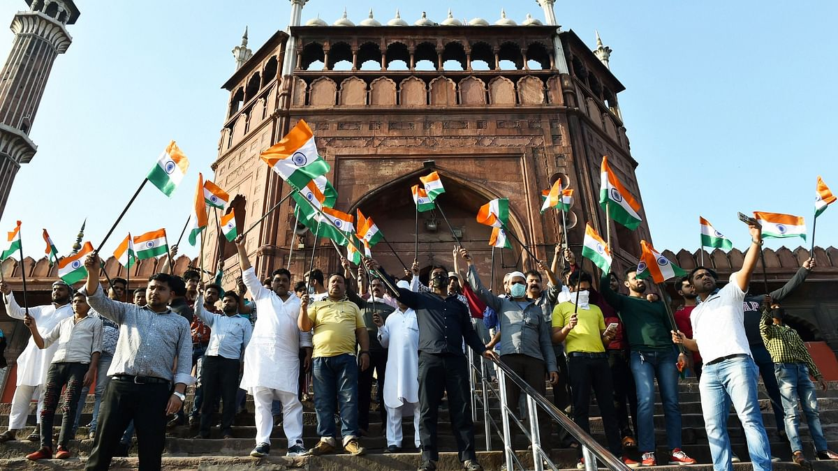 Crowds Ignored PM's Request By Congregating on 'Janata Curfew' Day
