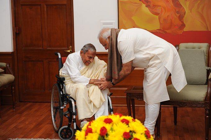 Prime Minister Narendra Modi with Dada JP Vaswani.