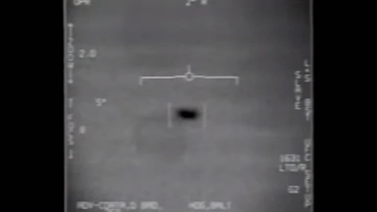 Pentagon Releases 'UFO Videos' and the Internet is Creeped Out