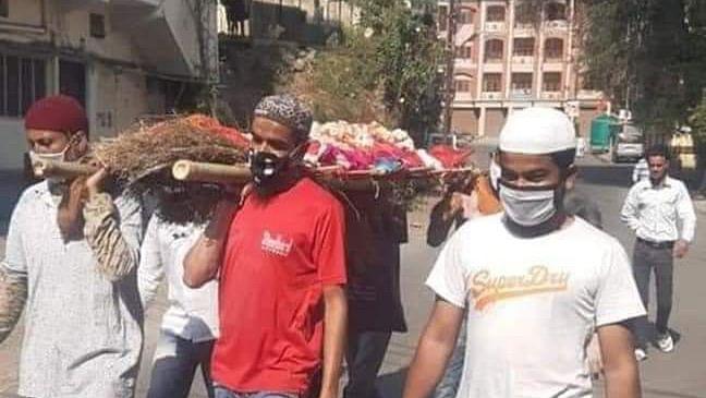 Muslim Neighbours Cremate Hindu Woman in Indore Amid Lockdown