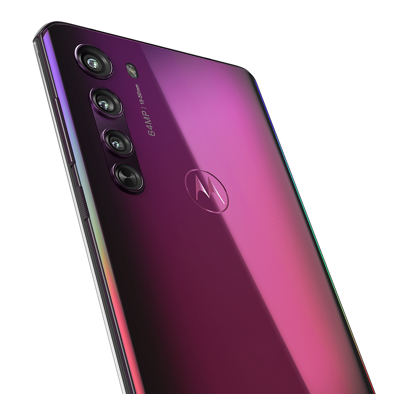 The Motorola Edge also has a triple camera setup but with a 64MP main lens.