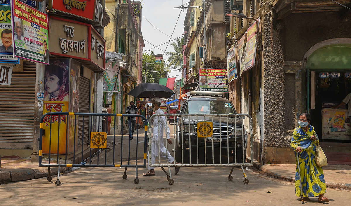 Barricades are seen outside a lane to restrict entry and exit during the nationwide lockdown in Kolkata (Representational image).