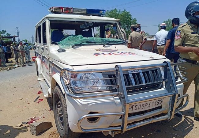 Migrant Workers Housed in IIT-Hyd Attack Cops, Demand to Go Home