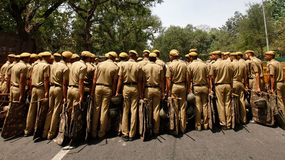 Cops in Haryana Beaten up by Locals Amid COVID-19 Lockdown