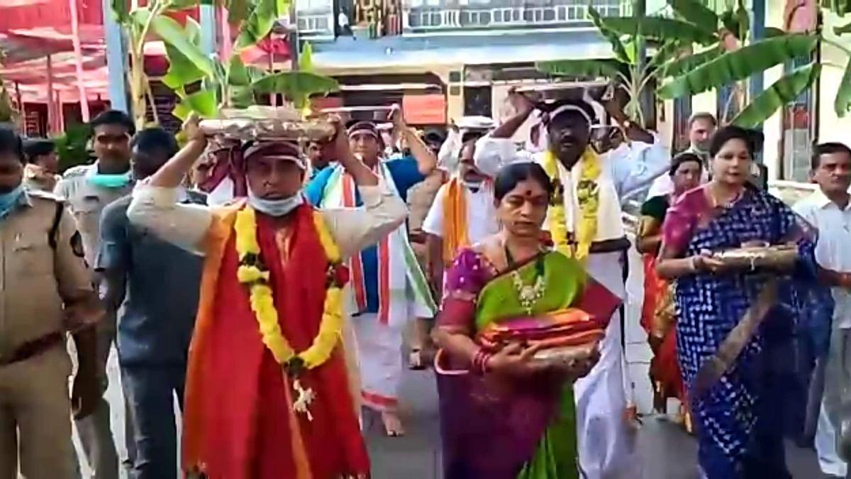 State Ministers Allola Indrakaran Reddy and Puvvada Ajay Kumar participated in Rama Navami celebrations held at Sri Sita Ramachandra Swamy Temple in Bhadrachalam.
