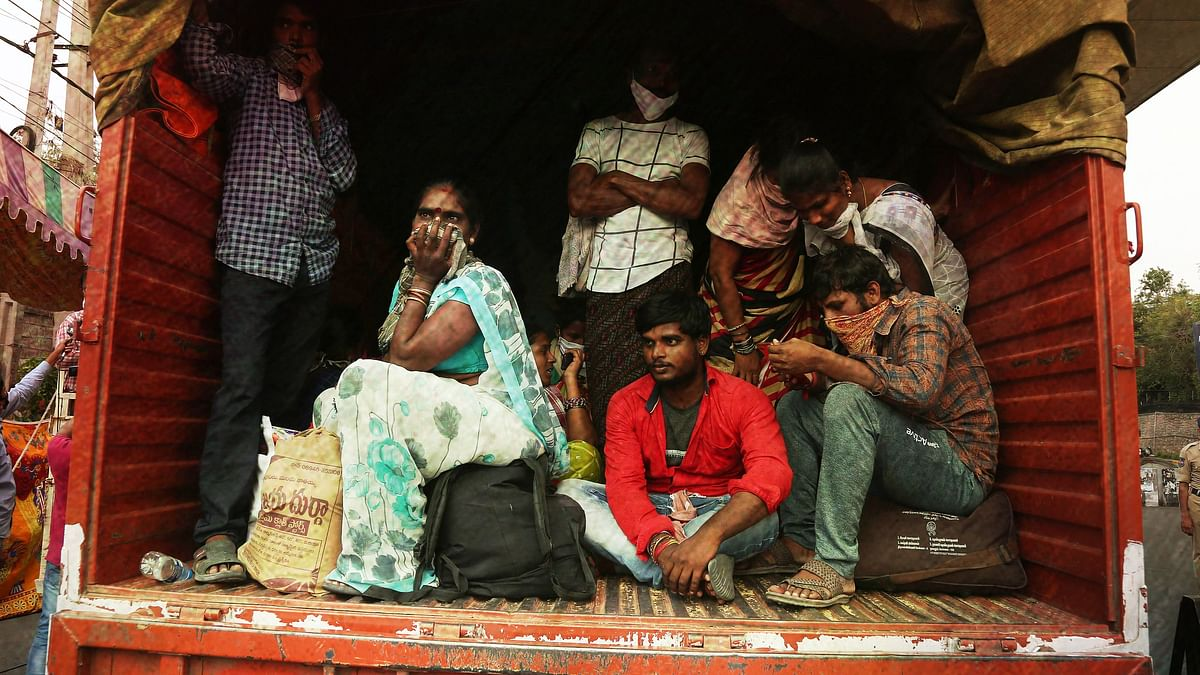 MHA  Allows Inter-State Movement of Stranded Migrants, Students