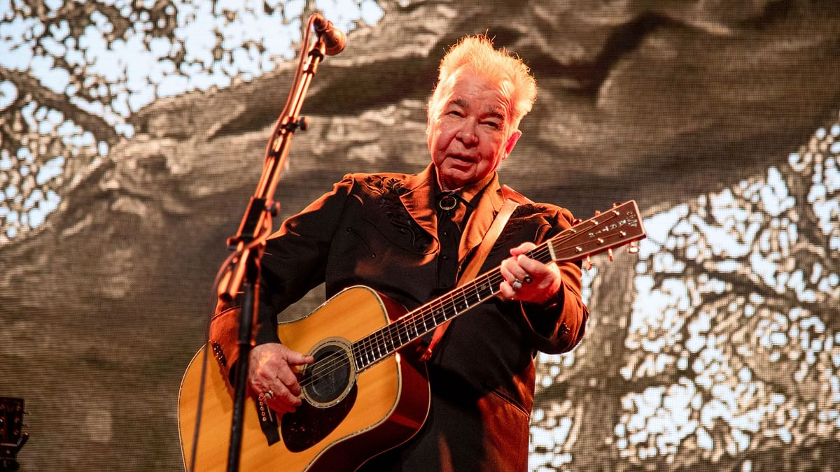 US Singer-Songwriter John Prine Dies Due to COVID-19 Complications