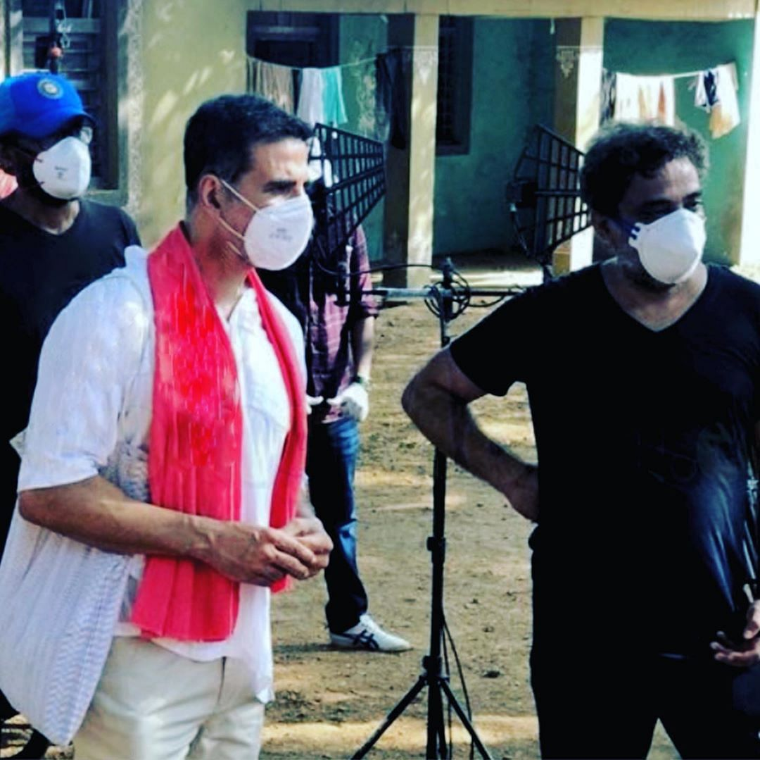 Akshay Kumar and R Balki on the sets of the ad film