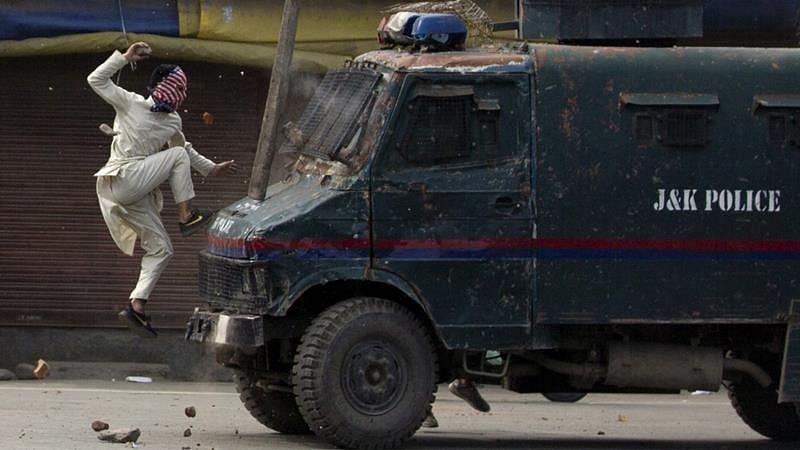 Was Hard to File Kashmir Photos: Pulitzer Winning AP Photographer