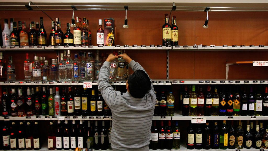 After Jharkhand, Odisha Govt Allows Home Delivery of Liquor