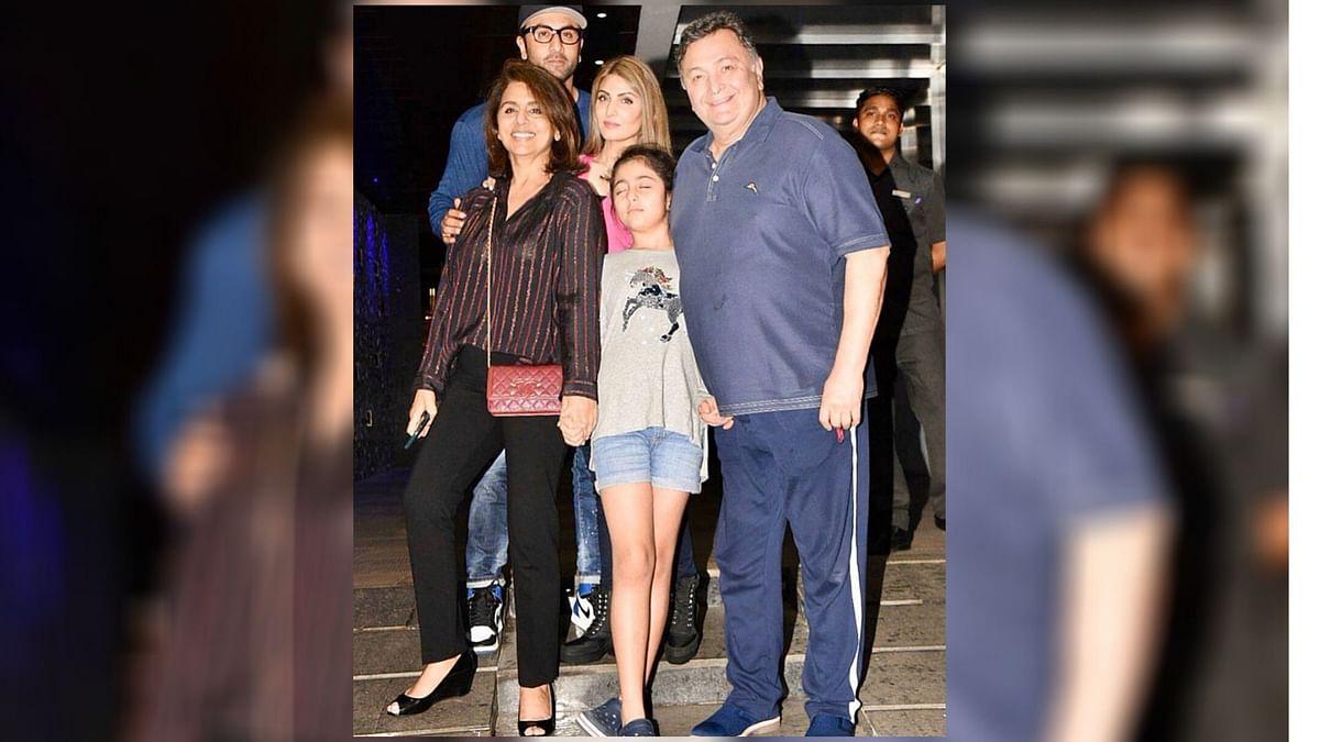 Neetu Remembers Rishi, Shares Throwback Pic of 'Complete' Family
