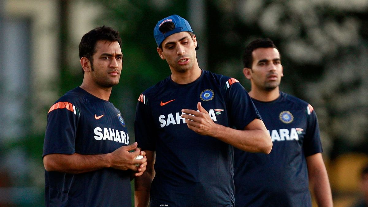 People Think Dhoni Doesn't Talk Much, That's Not The Case: Nehra