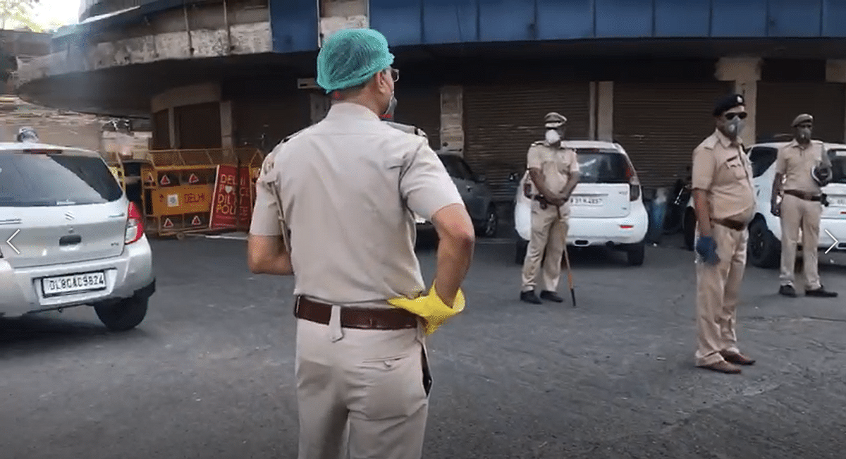Security beefed at Old Delhi, a containment zone, on Eid.