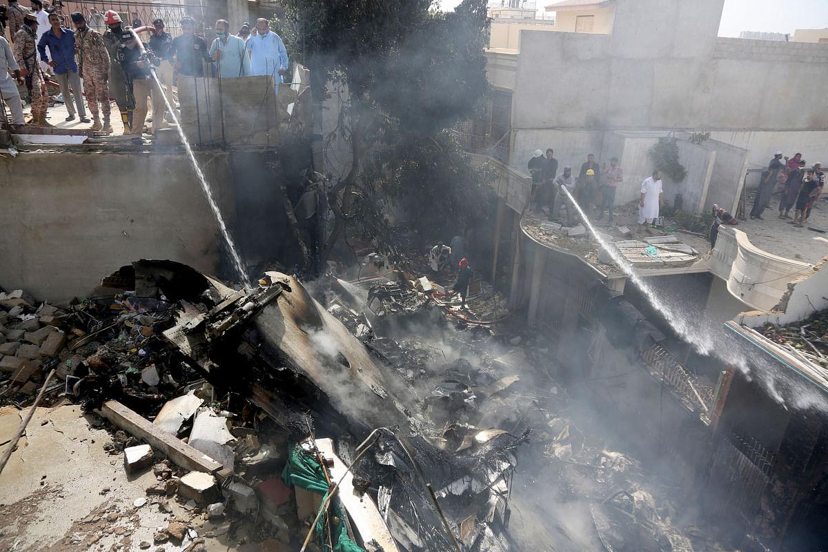 Pakistan Flight Crash: More Footage Emerges From Site in Karachi
