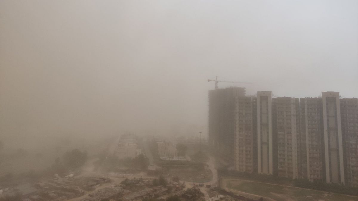 A sudden change in weather brought the temperatures down in Delhi-NCR, as dust storms and rain engulfed the city on Sunday, 10 May.