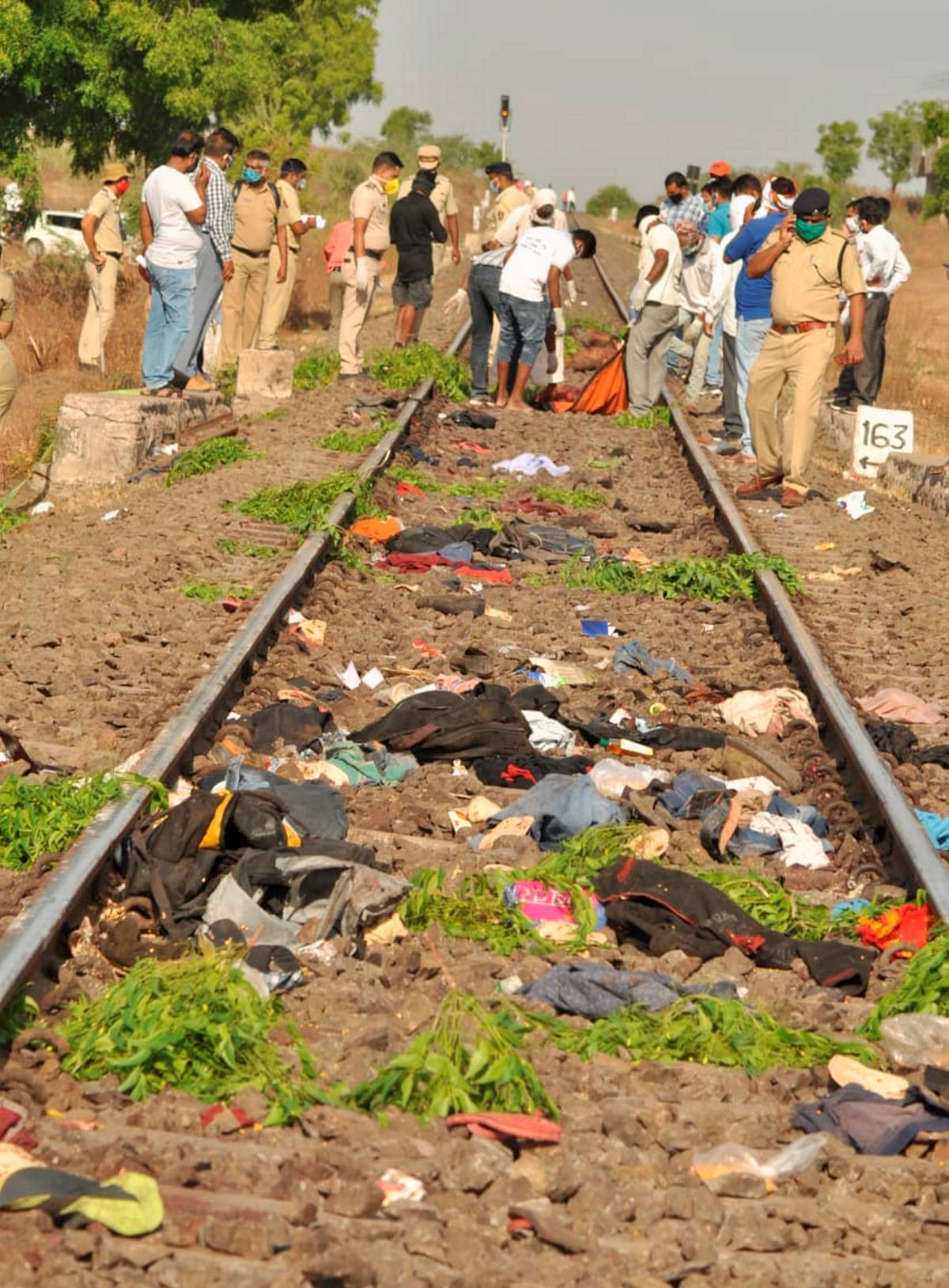 14 Migrant Workers Run Over By Train in Aurangabad; Probe Ordered