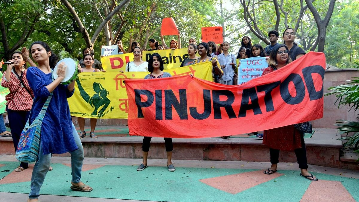 Cops Using Pandemic as Ploy: Pinjra Tod Activists After 2 Arrested