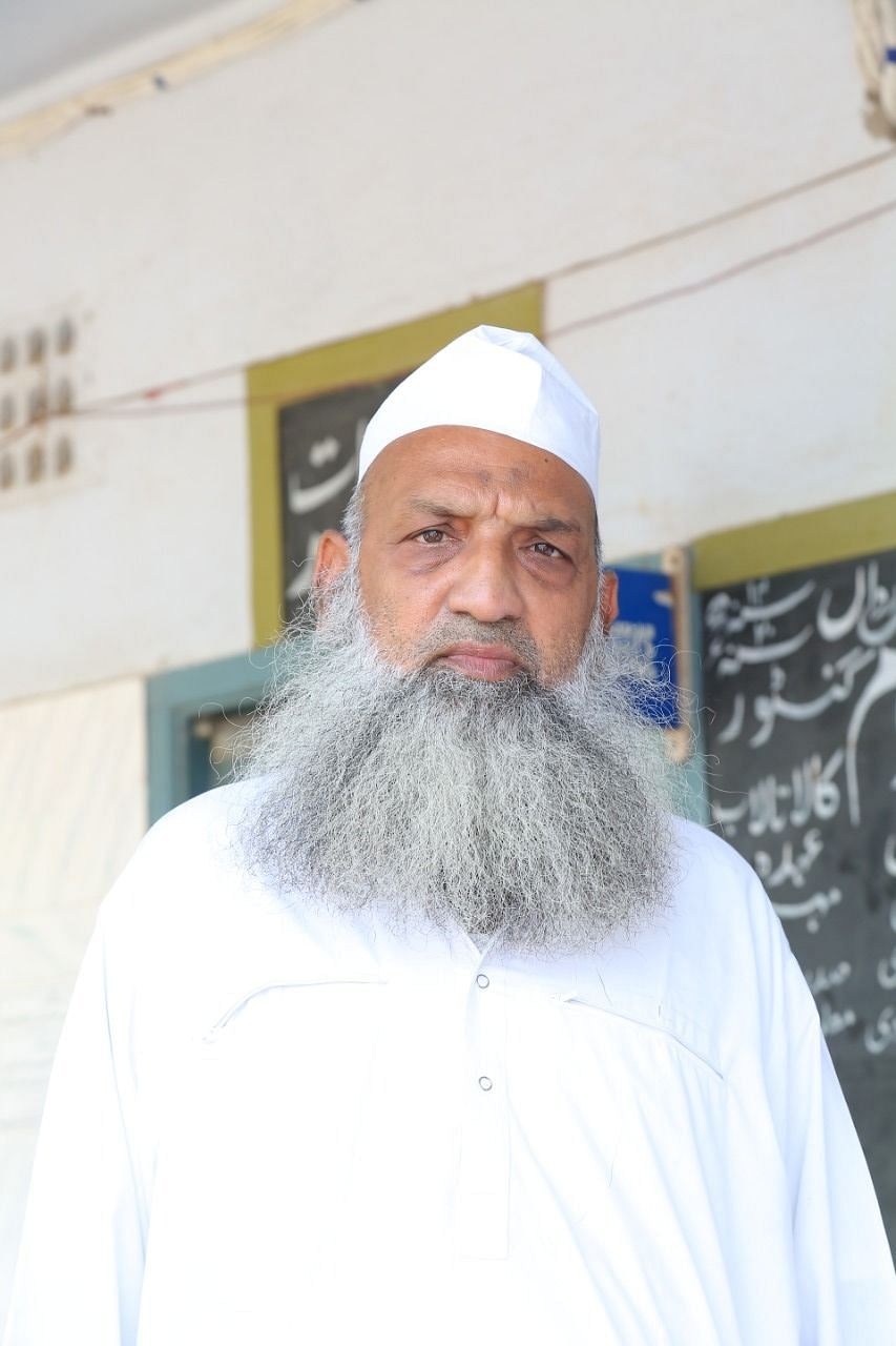 The Tablighi Jamaat district head from Guntur, 64-year-old Sheikh Nyamatullah, has been trying to co-ordinate the retun of these ten members for weeks.
