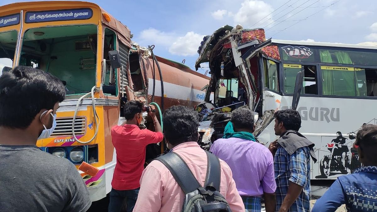 Bus Carrying  People to Kerala Collides on TN Highway, 25 Injured