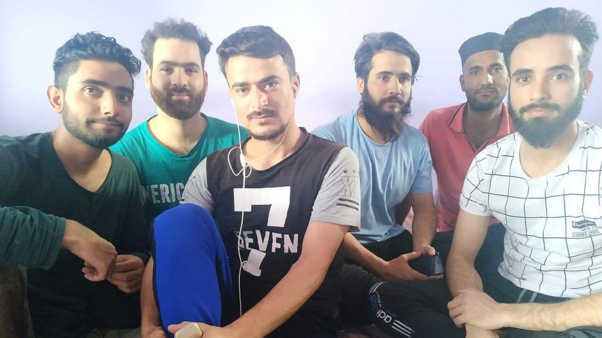 Kashmiri students stranded in Bhopal.