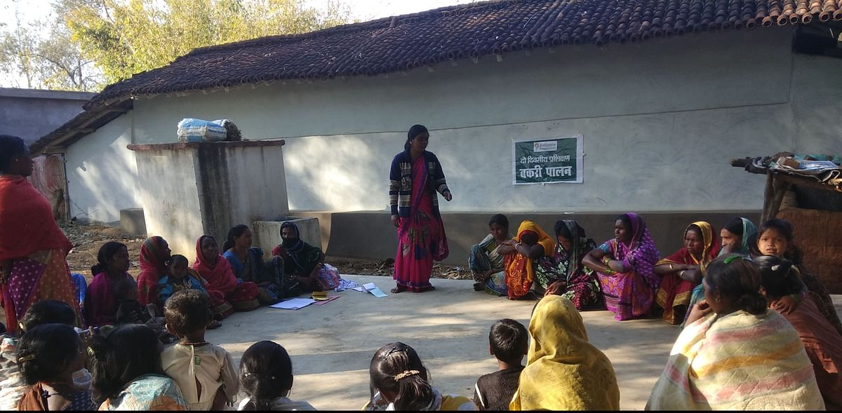 Around 1,200 tribal as well as non-tribal women members are part of the group.