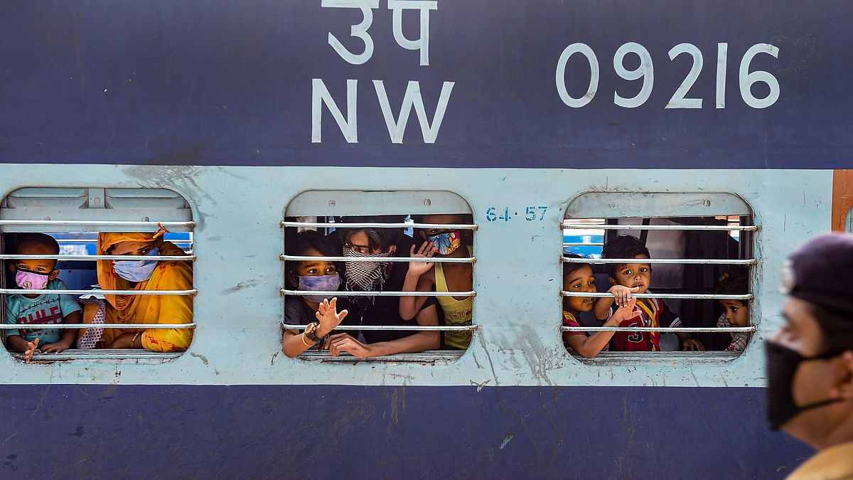 Ensure Migrants Don't End Up Walking on Rail Tracks: MHA to States
