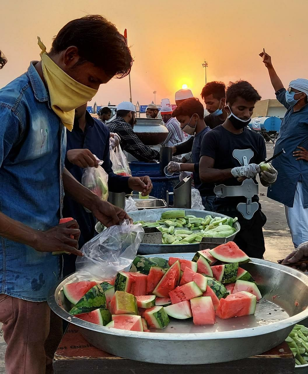 How Lucknow's Famous Biryani Shop Is Feeding Veg to Migrants Daily